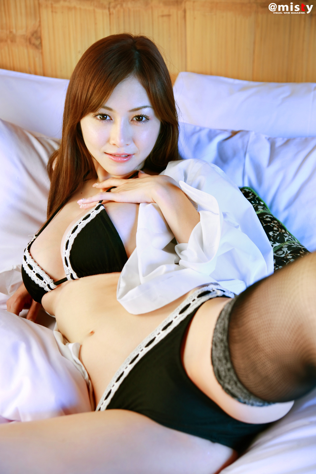 Japanese girls in stockings